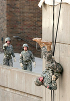 ROTC-rappeling09(063)